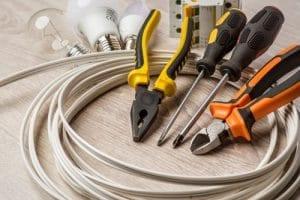 כלים לחיבור נקודות חשמל למזגן